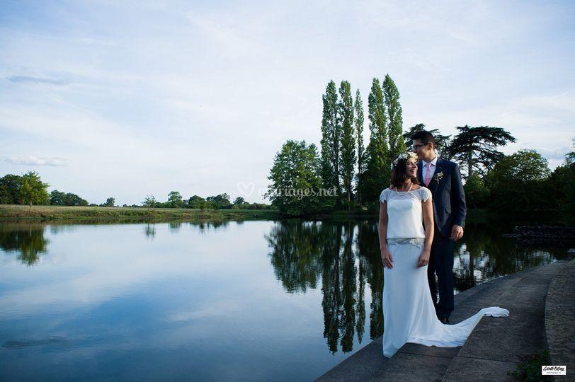 Les mariés près du lac