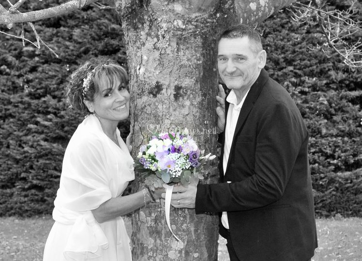 Photo romantique mariés