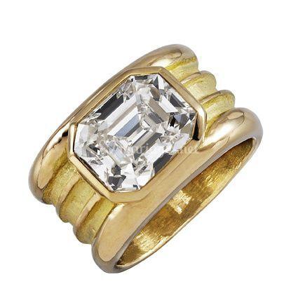 Anneau médieval or  diamant