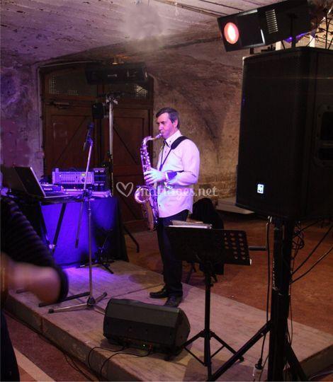 Saxophoniste-DJ Beaujolais