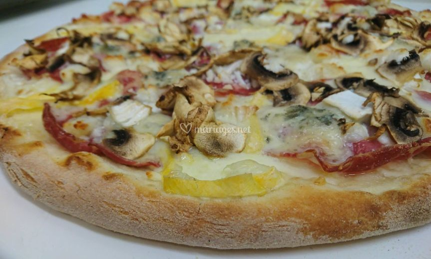 4 fromages/coppa/champignons