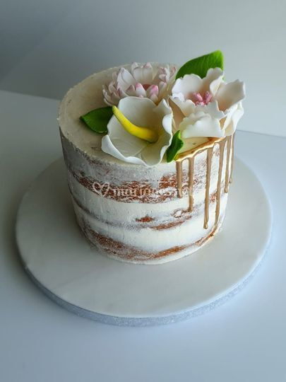 Nude cake fleurs faite main