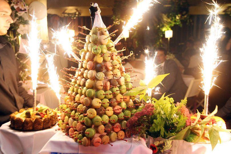 buffet de desserts sur moulin de fourges - Moulin De Fourges Mariage