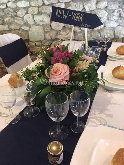 Bouquet table