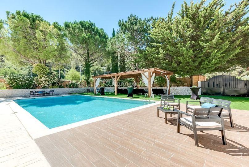 Kelly - Terrasse et piscine