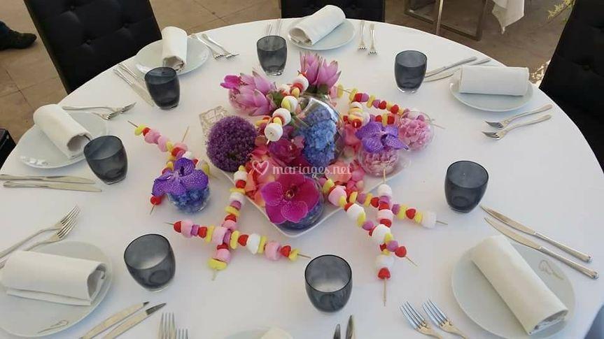 Table enfant bonbon et fleur