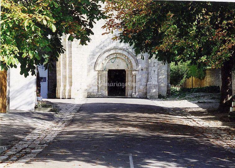 Eglise romane sur place