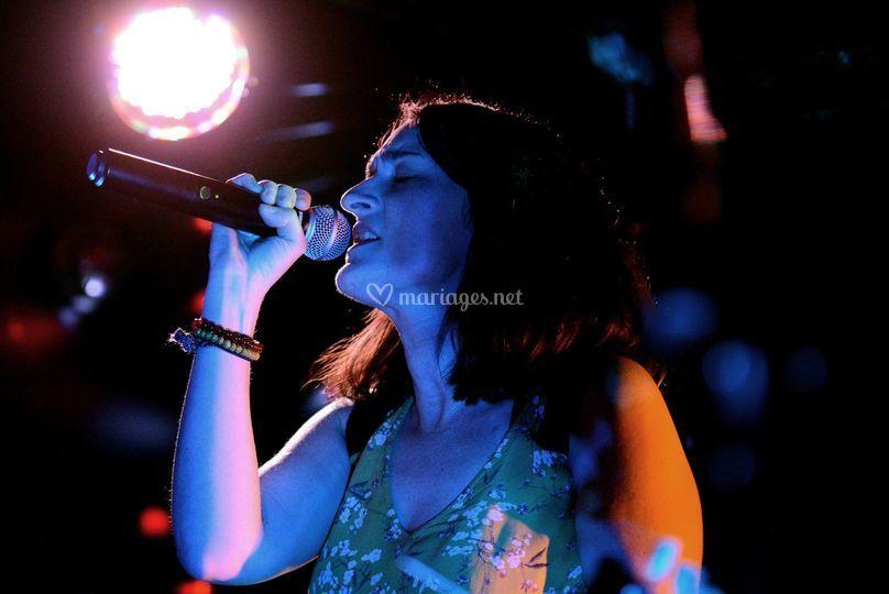 Gwen, chant