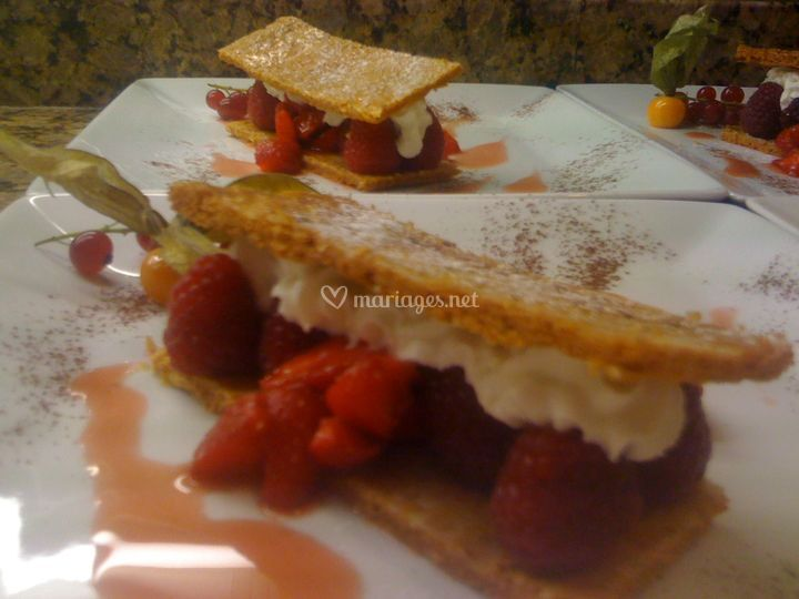 Millefeuille aux fruits rouge