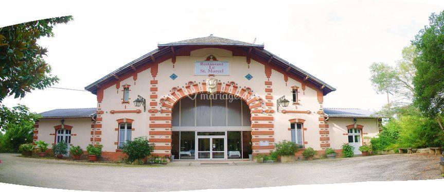 Panorama façade