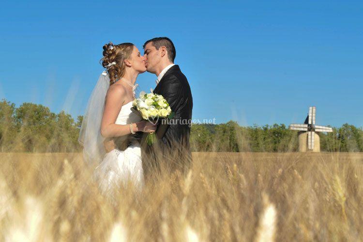 Mariés dans le blé