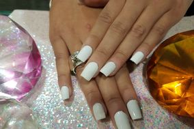 Chri's Nails & Beauty