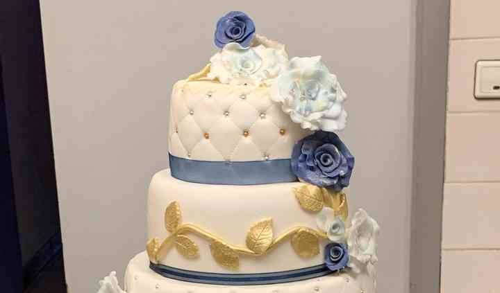 Wedding cake aux feuilles d'or