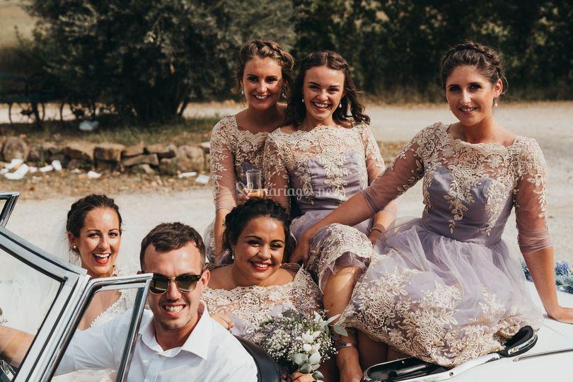 Demoiselles et les mariés
