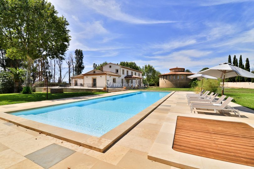 Piscine et Villa