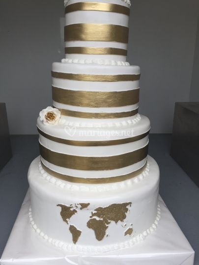 Wedding cake theme du monde