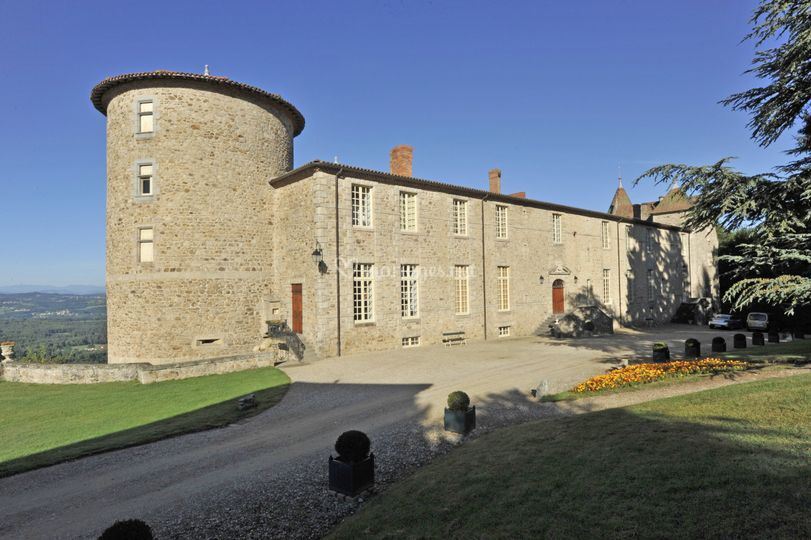 Vue depuis l'entrée du château