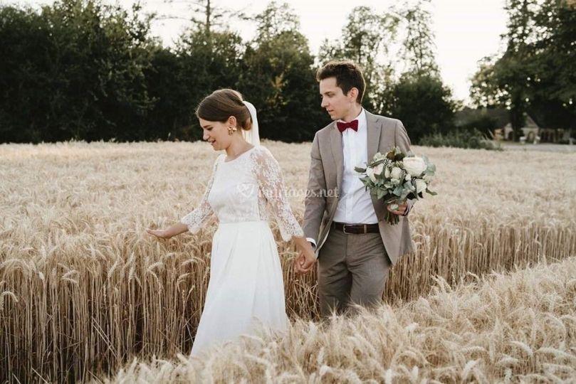 Mariage dans le blé