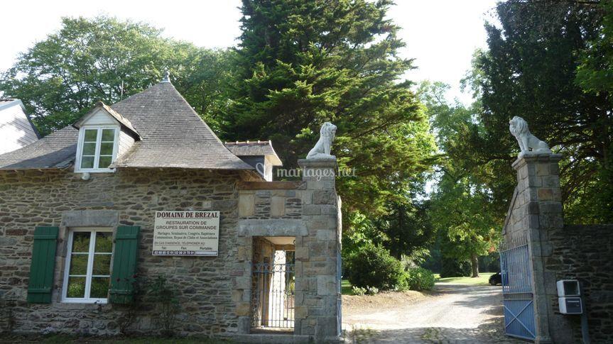 L'entrée du Domaine de Brézal