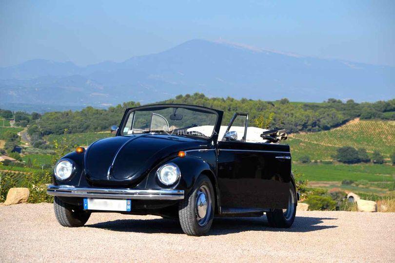 Coccinelle noire cabriolet