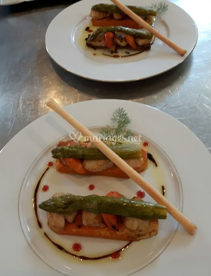 Duo de Saint Jacques et asperges