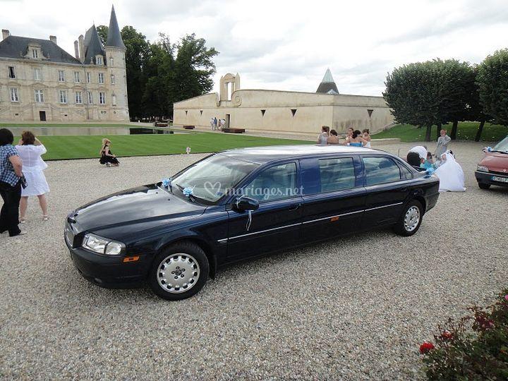 bordeaux limousine. Black Bedroom Furniture Sets. Home Design Ideas