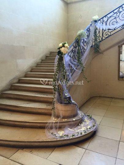 Descente d'escalier fleuri