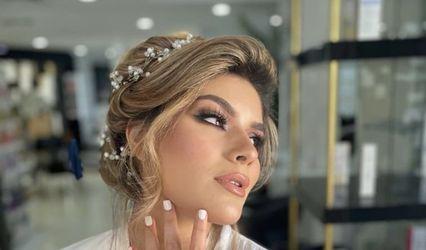 Zahra Errah - Makeup & Hair Artist