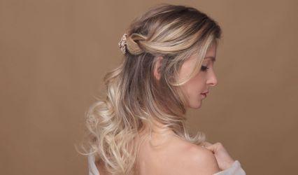 Hair Move 1