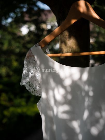 La robe entre lumière et ombre