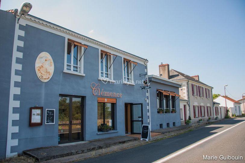 Façade restaurant Clémence