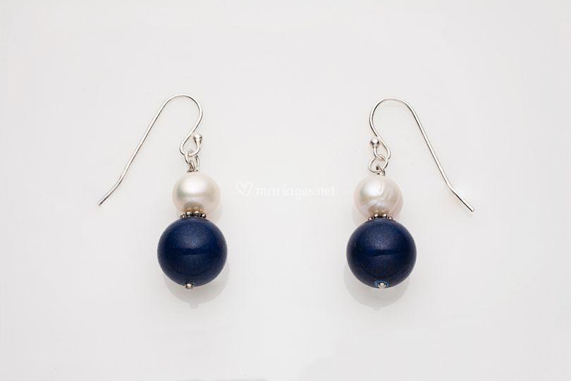 Boucles pend. perle blanche et marine crochet argent