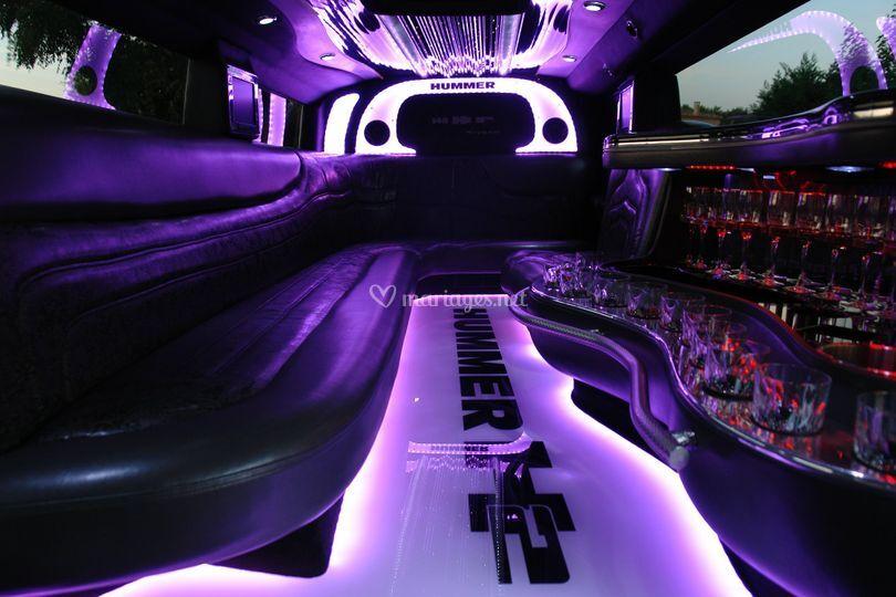 int rieur hummer h2 limo de avignon limousine photo 4. Black Bedroom Furniture Sets. Home Design Ideas