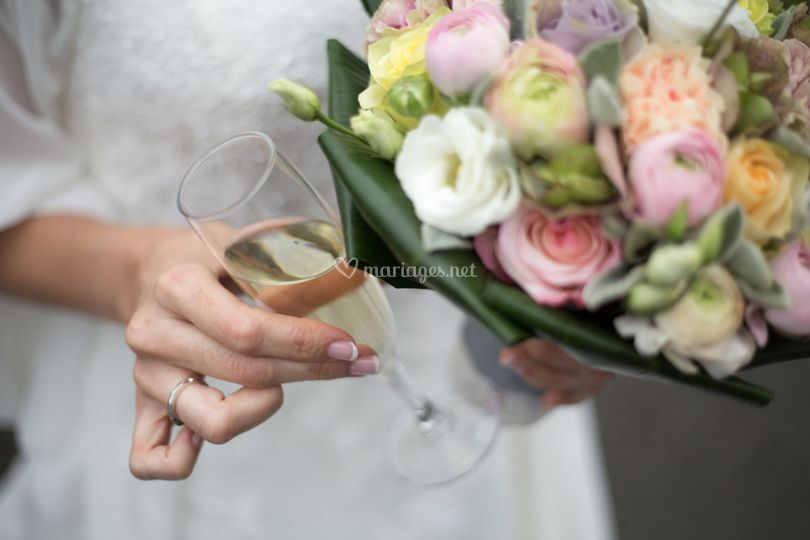 Bouquet, alliance et coupe