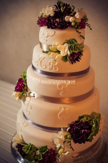 Myriam & Adrian Wedding Cake