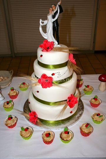 Wedding Cake Blé & Coquelicot