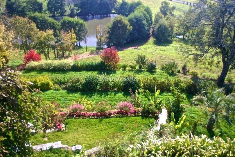 Terrasses vers l'étang