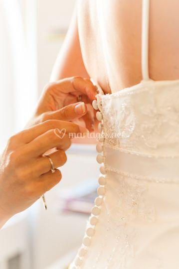 Boutonnage de la robe