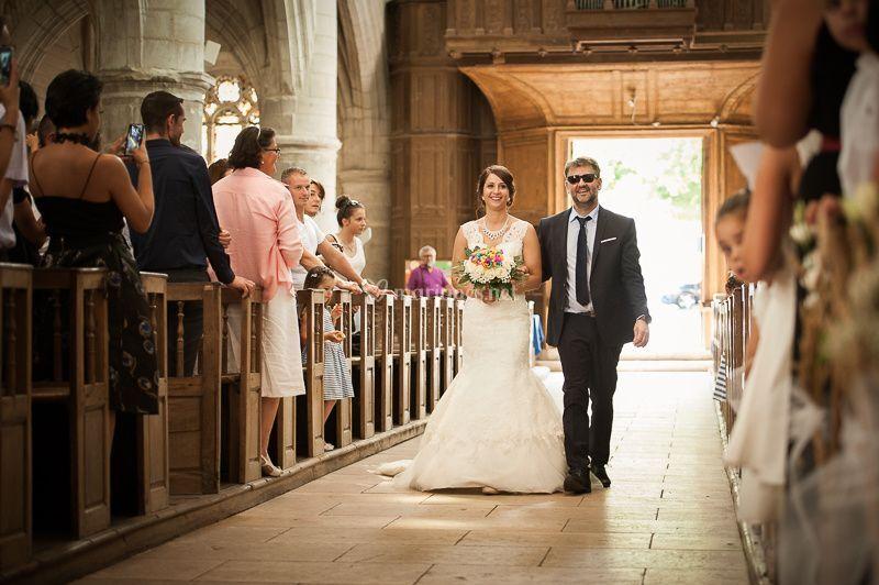 Arrivé de la mariée à l'église
