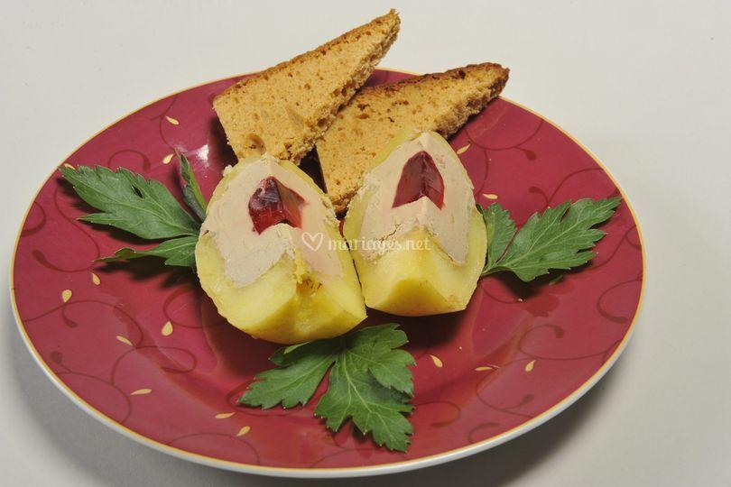 Pomme au foie gras