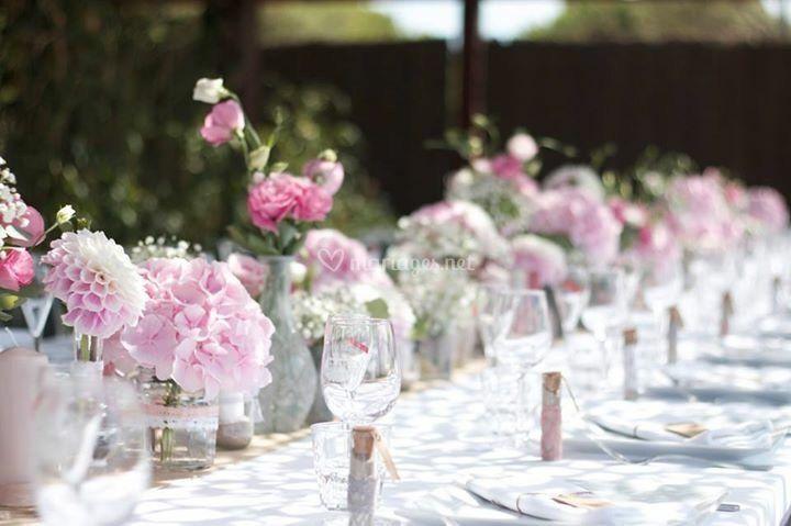 Chemin de table fleuri