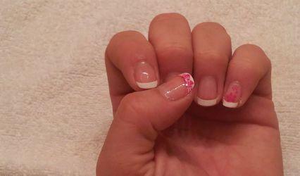 Emi Nails Beauty 1