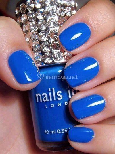 Vernis classique Bleu