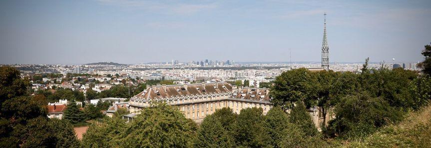 Vue sur Paris du château