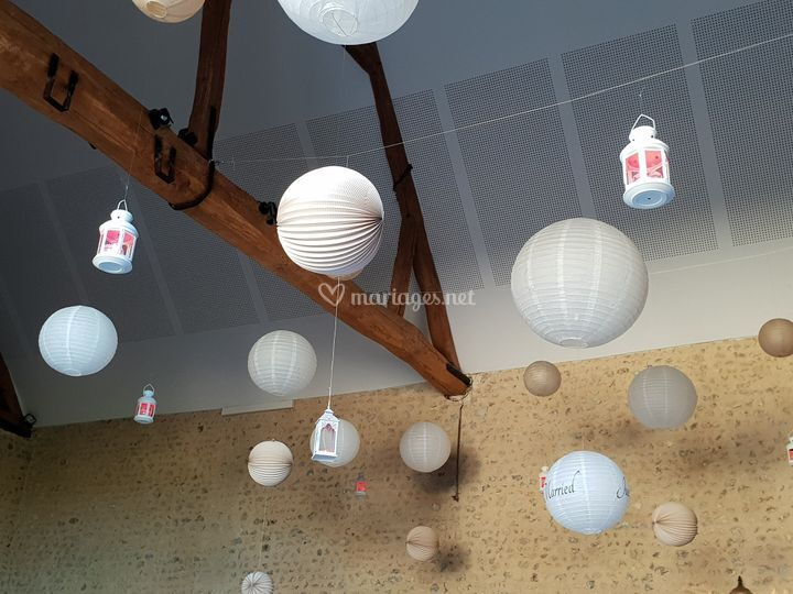 Boules et lanterne a leds