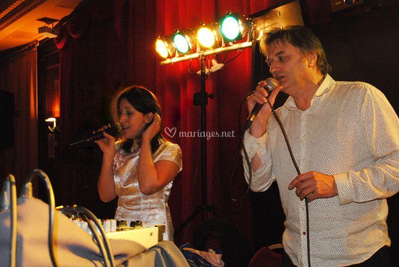 Marc avec une chanteuse