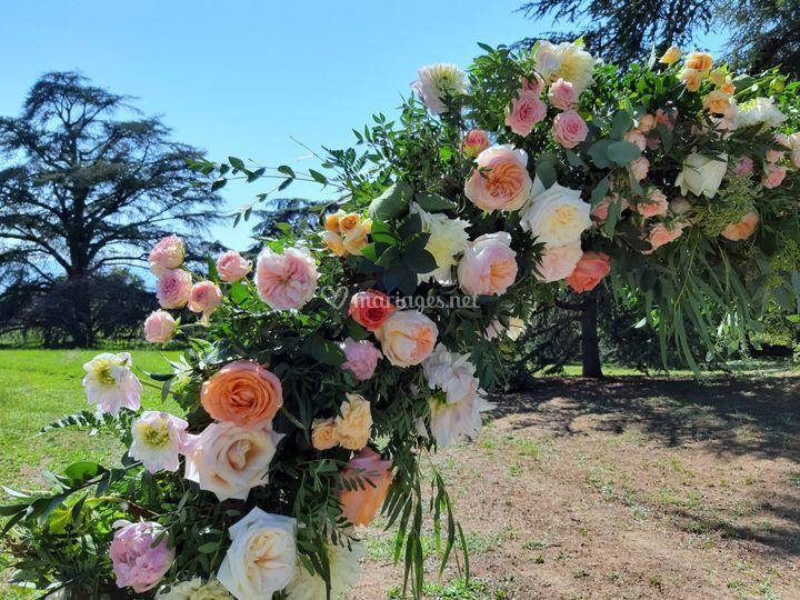 Arche ronde fleurie