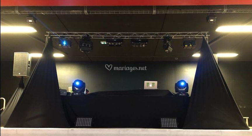 Matériel N2S EVENTS sur estrad