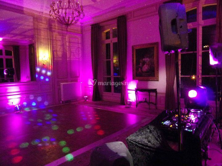 Réception dansante sur EMD Subsystems