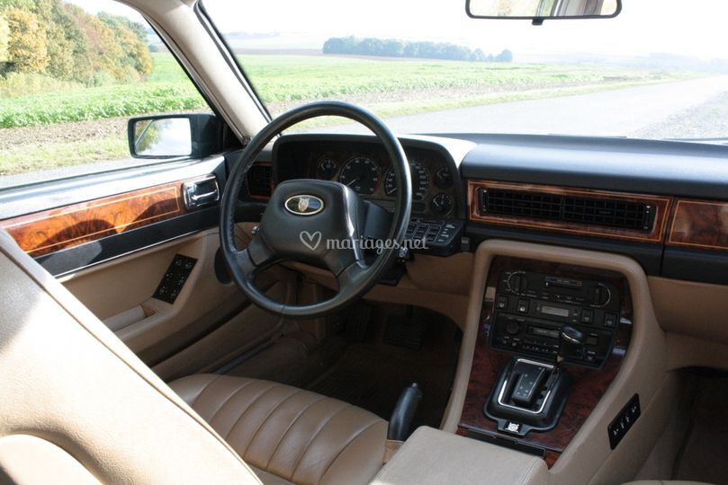 Jaguar sovereign int rieur de passion and car photo 11 for Interieur jaguar